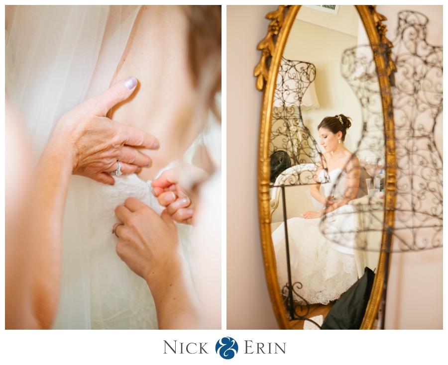 Donner_Photography_Bluemont Vineyard_Wedding_Stephanie_and_Chris_0012
