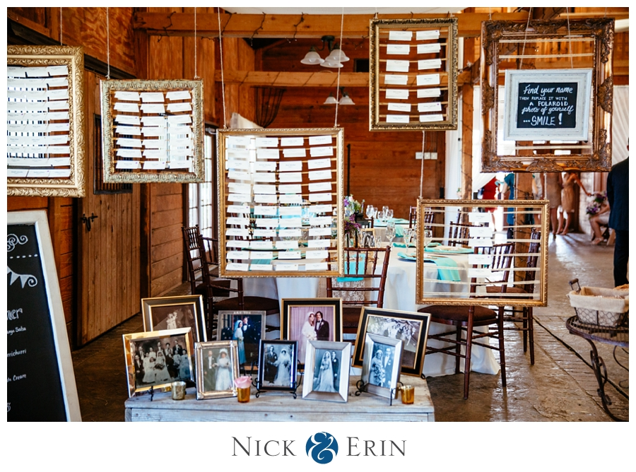 Donner_Photography_Bluemont Vineyard_Wedding_Stephanie_and_Chris_0039e