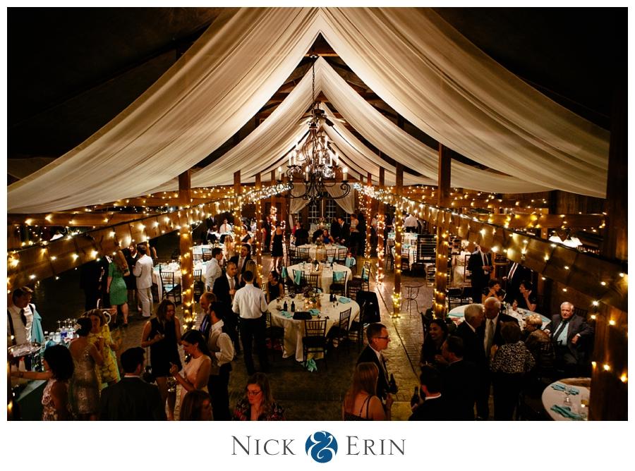Donner_Photography_Bluemont Vineyard_Wedding_Stephanie_and_Chris_0049