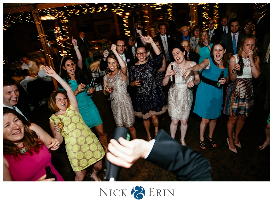 Donner_Photography_Bluemont Vineyard_Wedding_Stephanie_and_Chris_0053