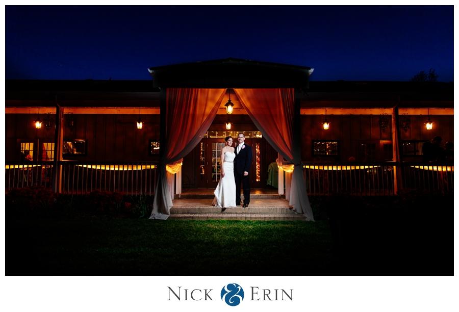 Donner_Photography_Bluemont Vineyard_Wedding_Stephanie_and_Chris_0062