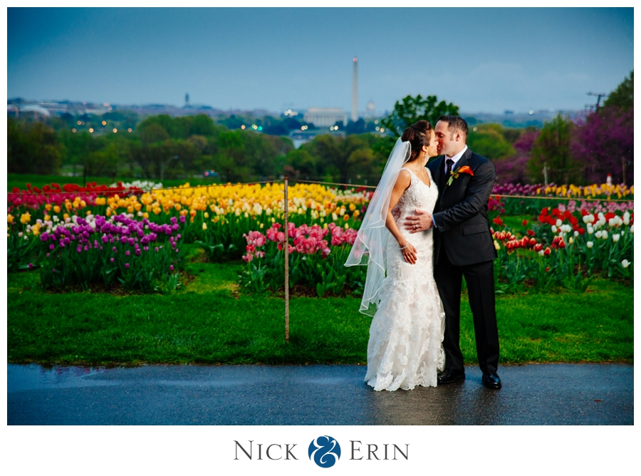 Donner_Photography_Rosslyn_Le_Meridian_Wedding_0004