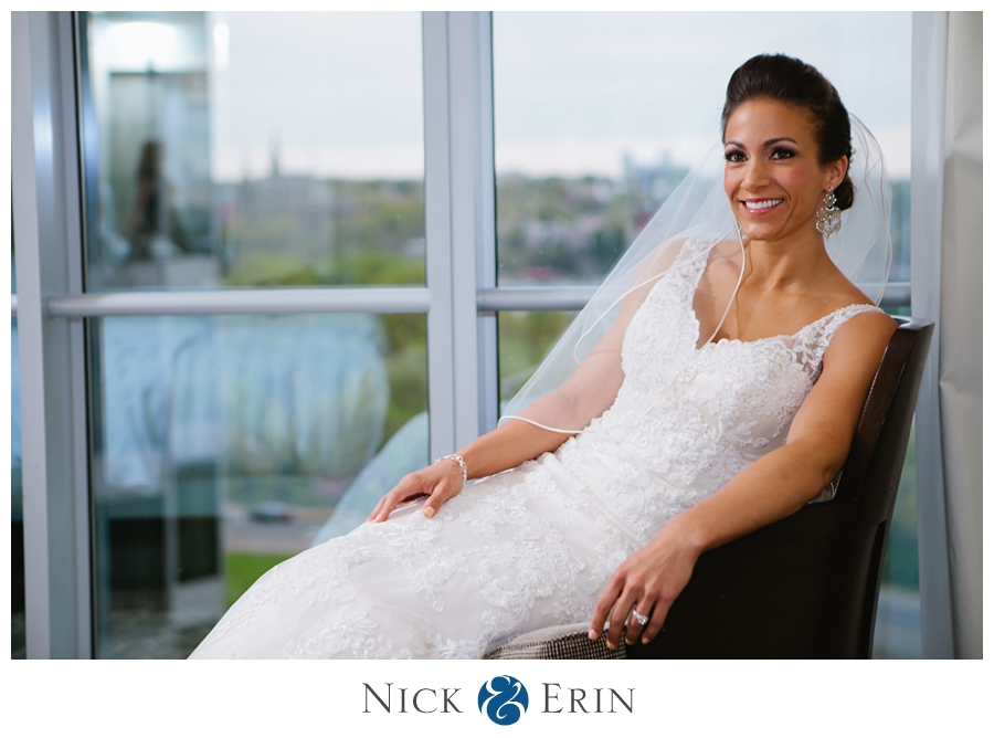 Donner_Photography_Rosslyn_Le_Meridian_Wedding_0018