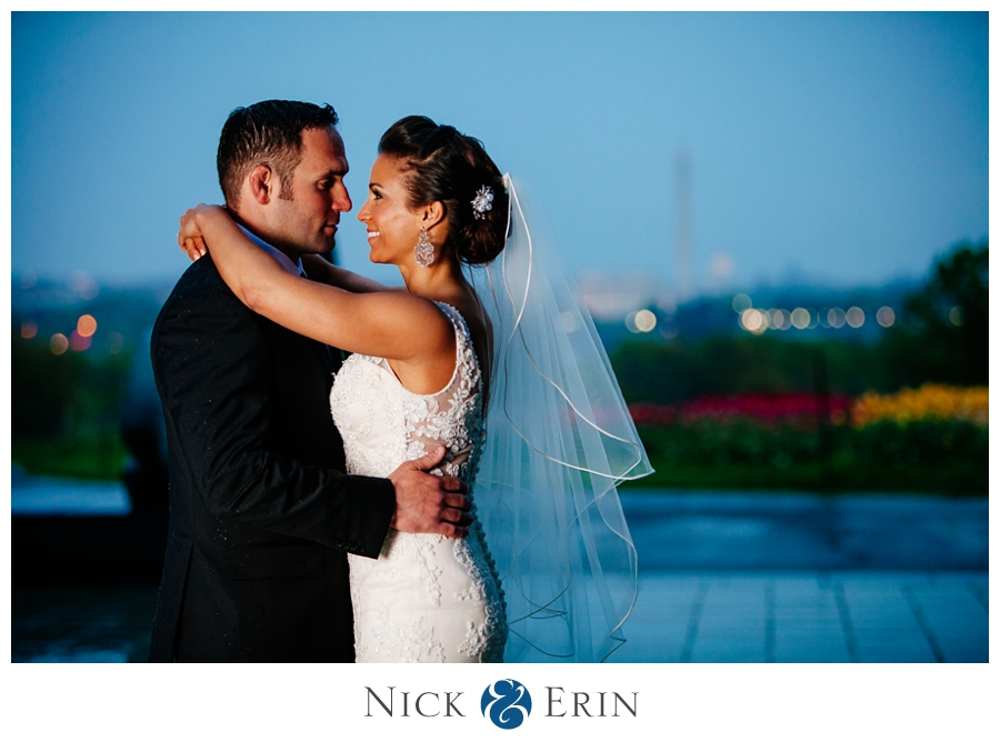 Donner_Photography_Rosslyn_Le_Meridian_Wedding_0045