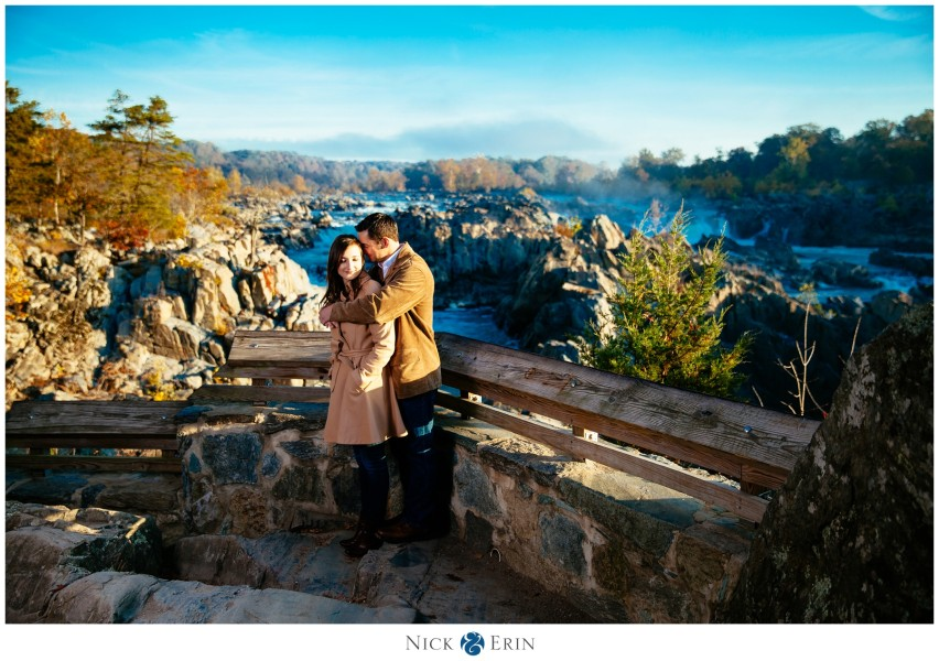 Donner_Photography_Great Fall Engagement_Samantha and Bill_0003