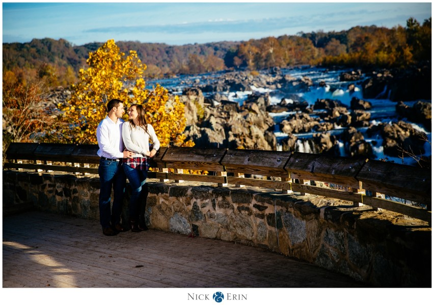Donner_Photography_Great Fall Engagement_Samantha and Bill_0004