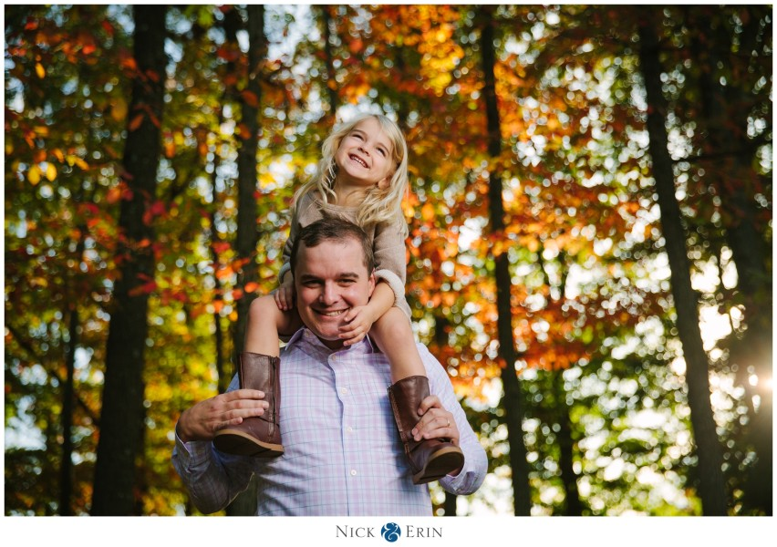 Donner_Photography_Fort-Ward-Park_McGinnis-Family_0020-852x600