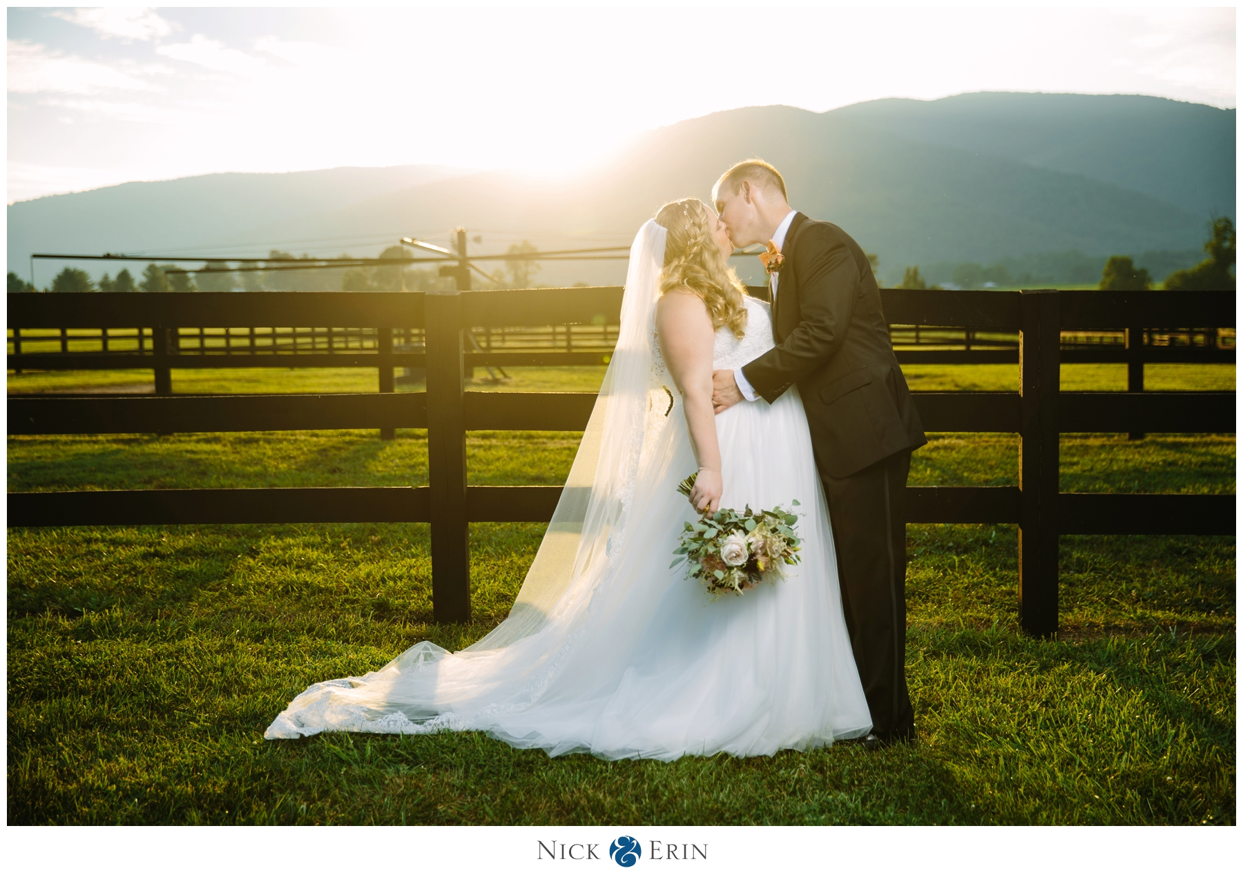 CHARLOTTESVILLE, VA WEDDING: JENNIFER & CHRIS